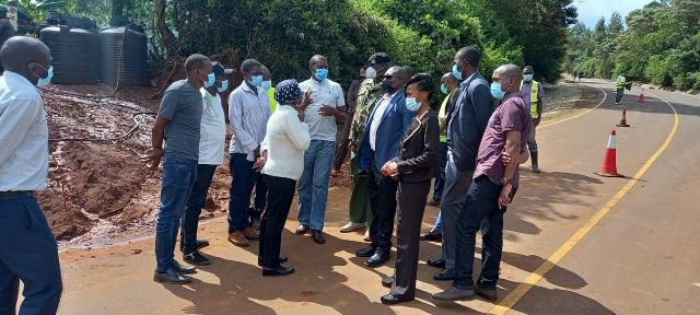 Waziri Esther And Commissioner Murimi On The Tour Of Kenol Sagana, Road